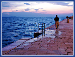 Walking Alone (felber) Tags: zadar dalmatia croatia zara croatie kroatien croacia mditerrane mediteran mediterranean felber holidaysvacanzeurlaub croazia sunset riva adriatic adria jadran summer 2007 reflection reflections water sea 5for2 superhearts