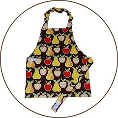 Montessori child's apron circle