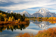 Vista from Oxbow Bend on the Snake River (ePut) Tags: usa mountains wow reflections bravo quality snakeriver wyoming mountmor