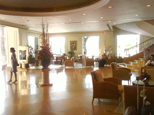 Lobby del Hotel Renaissance Riverside