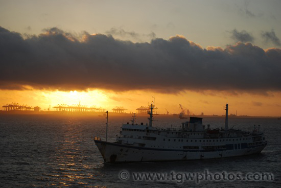 sunrise_shanghai_port_04