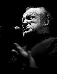 Joe Cocker, Wiesen 2007 (guenterleitenbauer) Tags: pictures bw music white black art nature monochrome rock austria photo sterreich google concert flickr foto tour image photos stage kunst fineart natur fine picture wiesen blues joe images explore fotos soul singer com sw imaging monochrom cocker musik bild konzert schwarzweiss weiss schwarz bilder 2007 gnter snger bhne joecocker auftritt flickrexplore explored fotografien guenter bhnen superaplus aplusphoto leitenbauer superbmasterpiece wiesen2007 wwwleitenbauernet