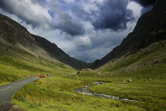 Honister Pass (Joe Dunckley) Tags: uk england mountains landscape lakedistrict na cumbria nationalparks honisterpass 123f 2for2 twtme 123s 123l gatesgarthdale 123m