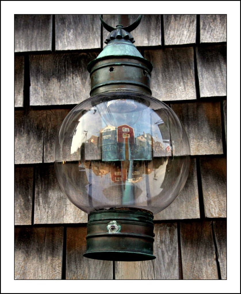 Rockport - Reflections in a Lamp