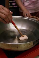 豬油塊下熱鍋