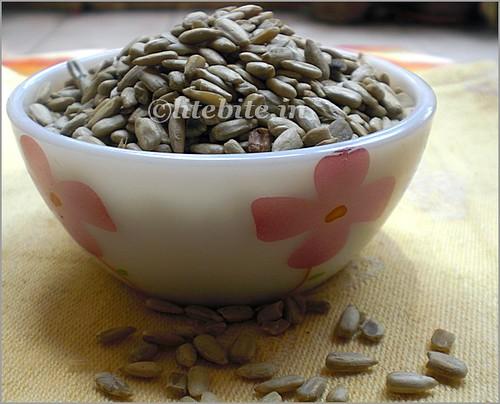 wholewheat flour & sunflower delight