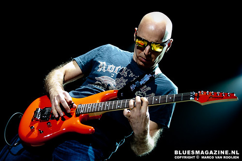 Guitar Night 2010 : Joe Satriani, Sonny Landreth and Davy Knowles