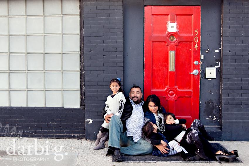blog-Kansas City family child kids photographer-DarbiGPhotography-Rfam-2010-214