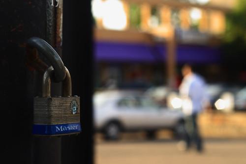 Master Lock 2412