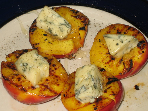 grilled peaches with blue cheese, honey and black pepper