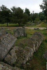 GR06 0637 Temple of Zeus, Olympia (Templar1307 | Galerie des Bois) Tags: travel temple ruins 2006 greece grecia zeus olympia classical griechenland grce elis olympicgames olympiad santuary     grkenland   ilida      olimpiya