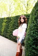 DSC_0068_C2_1st () Tags: travel netherlands girl beauty nikon helen backpack tamron    d80 koukenhof  1750mm