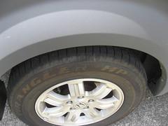 car_tireride2.jpg