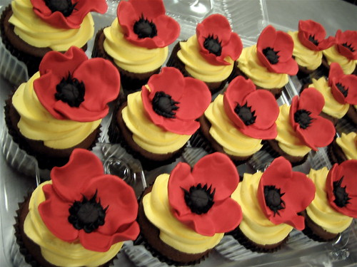 Wizard Of Oz Poppy Cupcakes A Photo On Flickriver