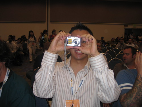 Lucas Ng taking a picture at Search Engine Strategies San Jose