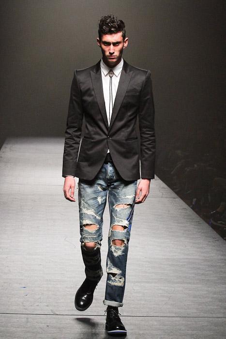Mathias Bilien3032_SS11_Tokyo VANQUISH(Fashionsnap)