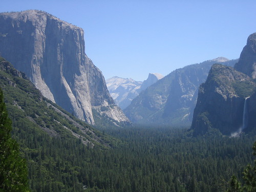 Looking into Yosemite, morning of June 29, 2005