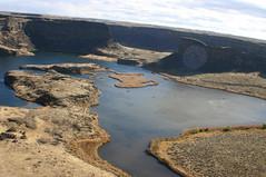 IMG_7109 (Dayna_D) Tags: trees fall water drive october rocks scenic 2006 wa dryfalls coulees deeplake perchlake