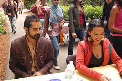 Anoushka Shankar and Karsh Kale signing CDs @Stern Grove (Manish Parekh Photography) Tags: grove stern anoushka kale shankar karsh karshkale anoushkashankar