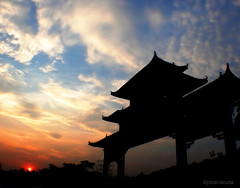 temple sky (jobarracuda) Tags: china sunset sky temple lumix bravo chinesetemple fz50 panasoniclumix dmcfz50 anawesomeshot aplusphoto huojie jobarracuda superhearts