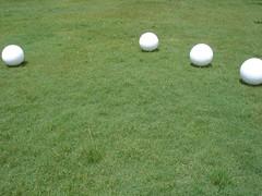 ora bolas quatro (Walter Martins) Tags: arte bolas contempornea instalaes