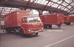 Mail by rail (Lady Wulfrun) Tags: street ford station june train liverpool truck post mail box royal lorry vans lime parcel 1980s 1985 gpo merseyside rm dseries