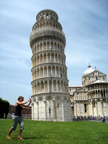 Emma + Torre Pendente