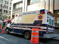 Hatzolah's prime parking spot (spmedic) Tags: new york nyc newyorkcity manhattan ambulance volunteer ems emt 5thave diamonddistrict hatzalah hatzolah p850 staroflife