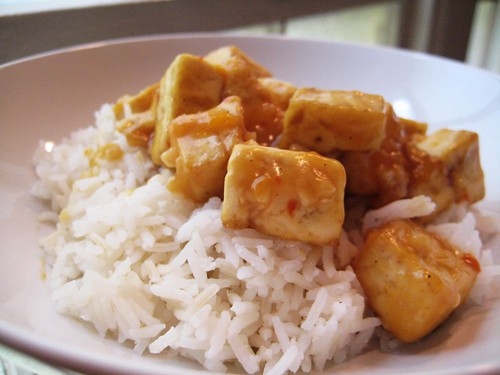 orange tofu and rice
