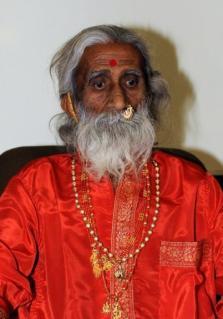 印度奇人70年不吃喝