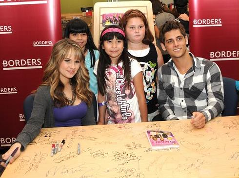 debby-ryan-borders-jean-luc-16