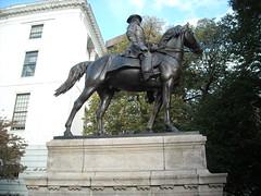 DSCN3028 (ericodeg) Tags: boston freedomtrail beaconhill massachusettsstatehouse beaconhillboston josephhooker josephhookerstatue
