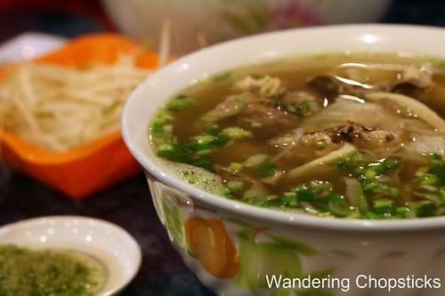 2 Pho Ga Huong Que Cafe - Oakland 5
