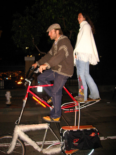 How to get to a Manu Chao show in style