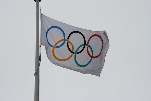 Ý nghĩa của những vòng tròn trên lá cờ Olympic