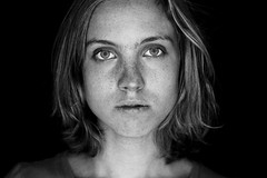 Version 7 (hannes.trapp) Tags: portrait bw anna woman girl beauty canon studio eos hannes model shoot sw shooting freckles schwarzweis trapp bluefilter 50mmf18 sommersprossen 400d hannestrapp