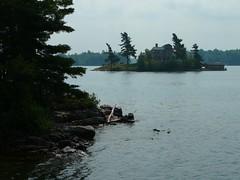 P1030552.jpg (airwaves1) Tags: 1000islands stlawrenceriver july282007 yeoisland