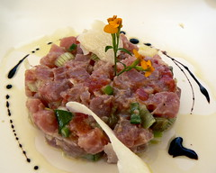 (Lemon2) Tags: en food holiday france flower french star spring o 4 olive onions oil provence balsamic tuna parmesan capers aix francais tartare slightly reduction poncy jollybag