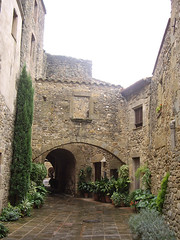 Monells (yrisarry) Tags: monells