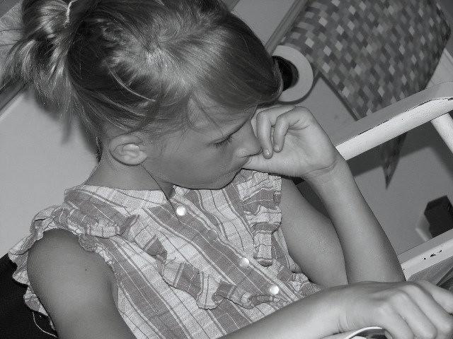 Jillian readingb/w