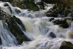 Ashness creamy flow (Ennor) Tags: bridge england geotagged nationalpark stream beck lakedistrict may cumbria derwentwater weeklysurvivor ashnessbridge 2007 lakedistrictnationalpark specland barrowbeck geo:lat=54567384 geo:lon=3130074 s04918