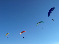 i want to fly (Reginaldo Lima) Tags: blue sky azul flying cu voar parapente vo tofly praglider reginaldolima