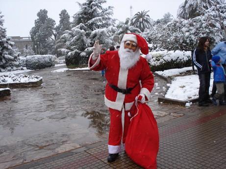Papá Noel llegó a Hernando junto con la