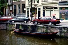 Amsterdam, Netherlands - 1993 (Chris&Steve) Tags: netherlands amsterdam boat canal 1993 10millionphotos keizersgrachtcanal p25i v25i