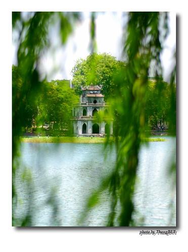 Templo Ngoc Son, ubicado en la Isla de Jade del Lago Hoan Kiem