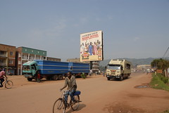TRUCKING IN UGANDA (Claude  BARUTEL) Tags: africa truck mercedes border rwanda uganda scania customs