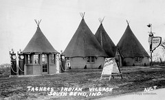 Tashers Indian Village & Texaco - South Bend, Indiana (kyfireenginephoto) Tags: stjosephcounty mishawaka us20 elkhart motoroil teepee texaco restaurant hoosier in drinks food indiana ethyl neon sign camel wigwam pump station southbend