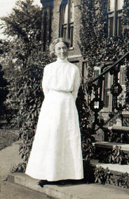 Caroline Furness in front of the Observatory, ca. 1910 [Courtesy of the American Association of Variable Star Observers (AAVSO)]