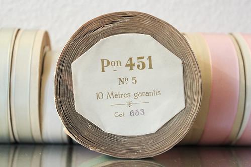 Satinband beige, mint und rosa pon 451 No.5 10 mètres Col. 653