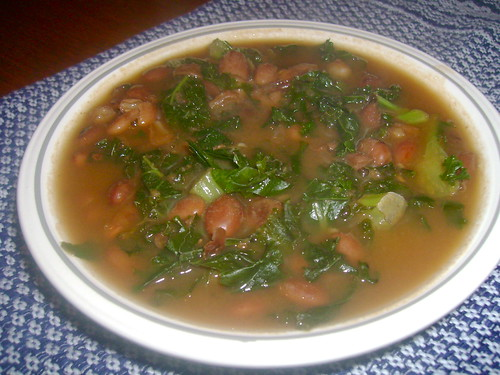 Bean and crabby kale stew
